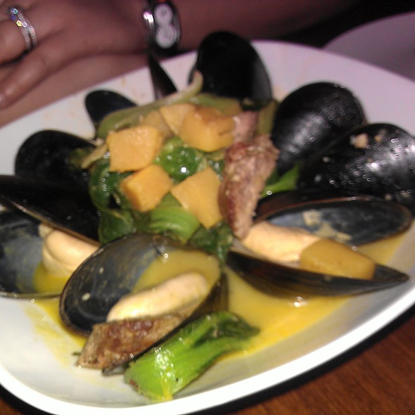 Mussels @ emmer&rye