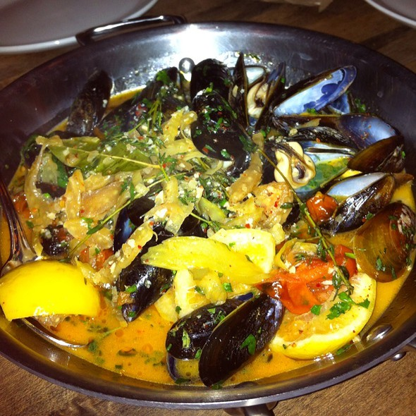 Mussels @ Gilt Bar