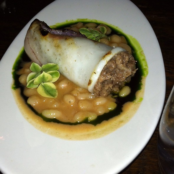 Short Rib Stuffed Squid With French Coco Beans @ rouge et blanc restaurant