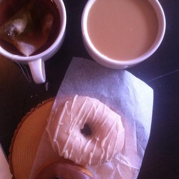 Chai Doughnut + Peanut Butter Fudge Doughnut @ Dun-Well Doughnuts