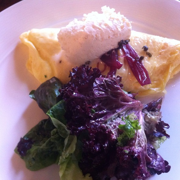 Omelette @ Murray Circle