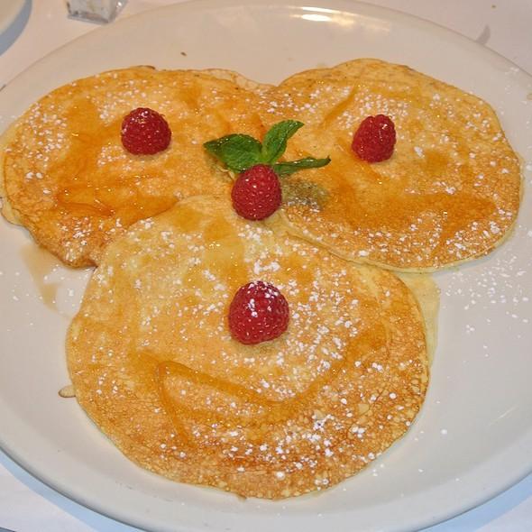Lemon Ricotta Pancakes With Raspberries - Serafina - Philadelphia, Philadelphia