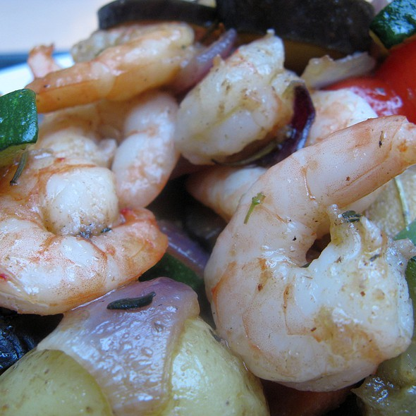 Ginger-Marinated Shrimps with Provençal Vegetables and Baked Potatoes @ Paparazzi Restaurant