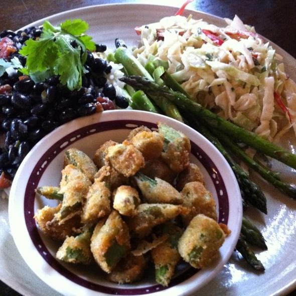 Veggie Plate @ Corner Pub
