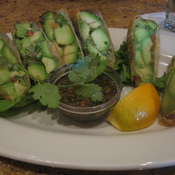 avocado egg rolls @ Elixor