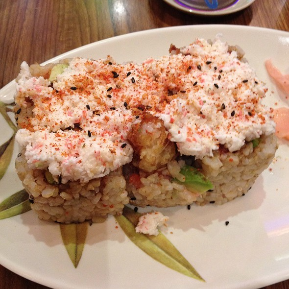 Tempura Roll With Brown Rice @ Yo Sushi