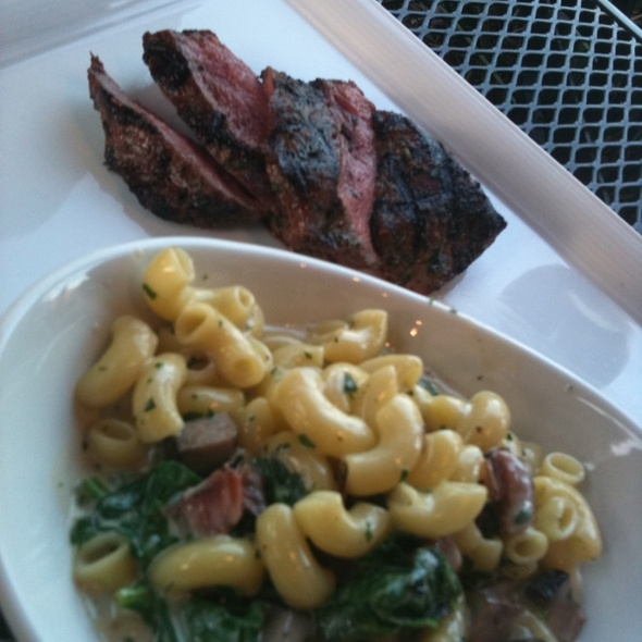 Hanger Steak With Mac N Cheese - O'Neill's Bar & Grill, Mission Viejo, CA