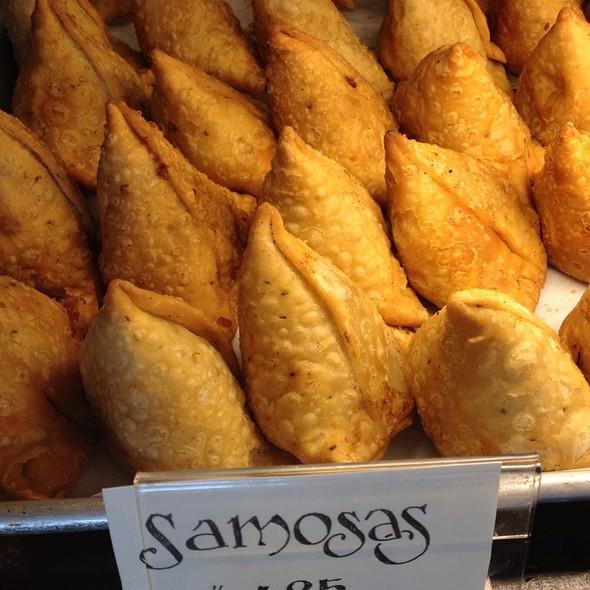 Samosas @ IndAroma Restaurant, Bakery & Catering