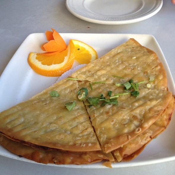 Half Moon Pancake (Thai Scallion Pancake) @ Green Papaya