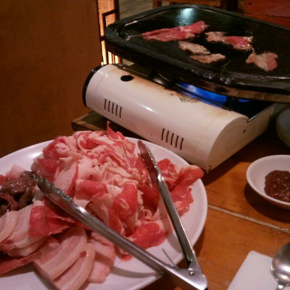 Korean bbq meats @ Oegaggid Restaurant