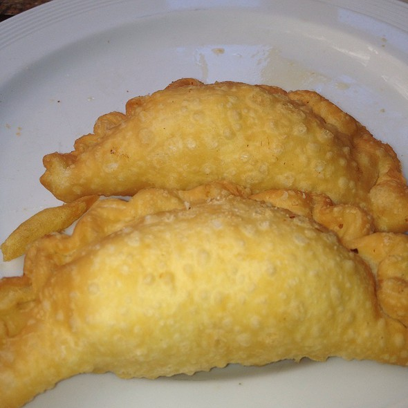 Beef, Chicken, And Ham & Cheese Empanadas @ Salmon II