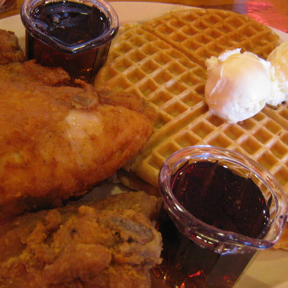 Fried Chicken and Waffles @ Roscoe's House of Chicken