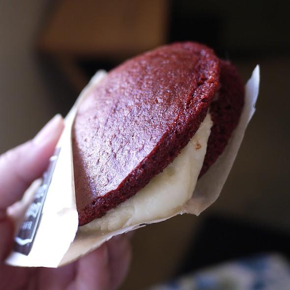 Red Velvet Whoppie Pie @ Corner Bakery Cafe