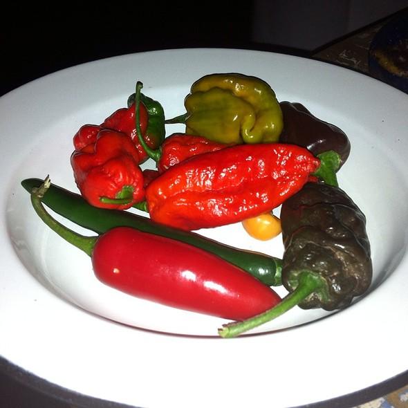 Bhut Jolokia Peppers @ Hecho En México