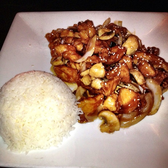 Sweet and Tangy Chicken @ Noodle