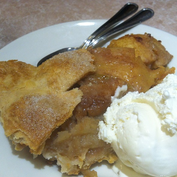 Apple Pie Ala Mode @ Palo Alto Creamery Downtown