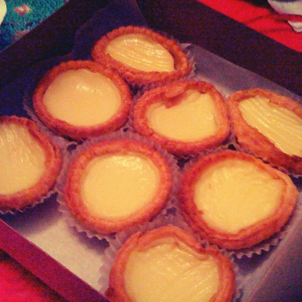 Egg Custard Tart @ Golden Gate Bakery