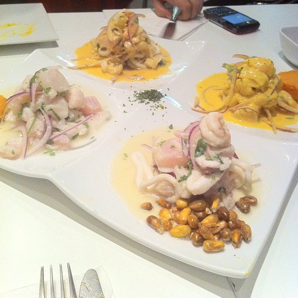 Combination Ceviche Platter @ Ceviche 105