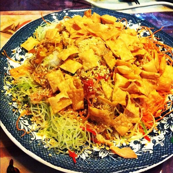 Yu Sheng @ Seafood Hut