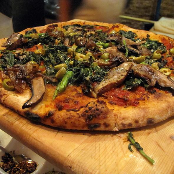 Vegan Pizza @ Urban Crust