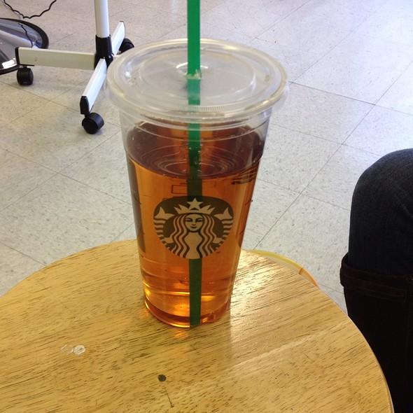 Trenta Ice Tea 4 Equals @ Starbucks