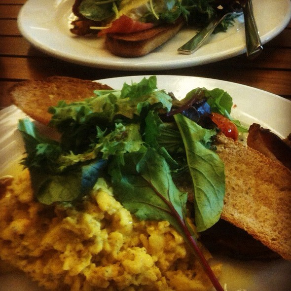 Truffled Scrambled Eggs @ Brunetti (Tanglin Mall)