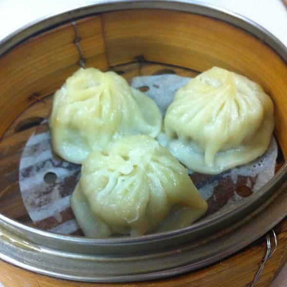 Shanghai Dumplings @ Mei Sum Chinese Dim Sum Restaurant
