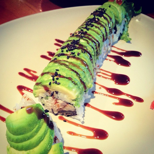 Caterpillar Roll @ Sushiyama