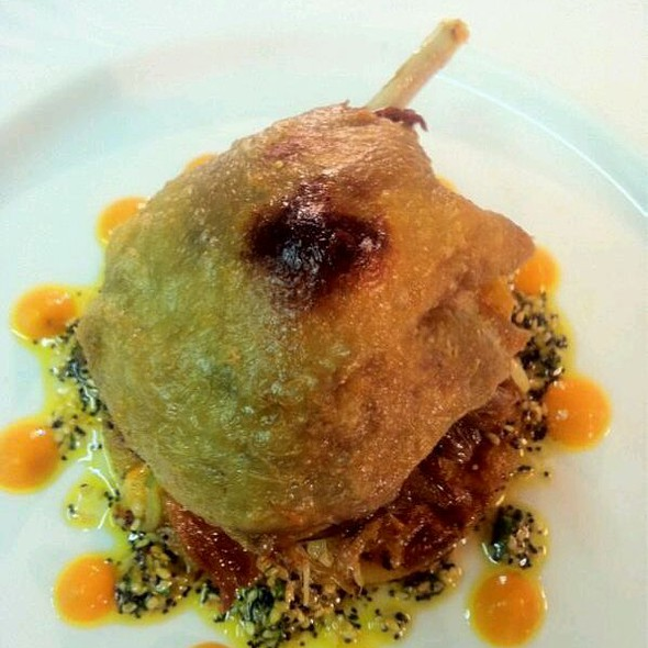 Crispy Goosnargh Duck Leg Confit ,  Ginger And Spring Onion Pancakes And Toasted Sesame Dressing