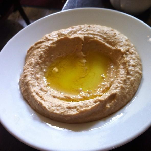 Hummus @ Miriam