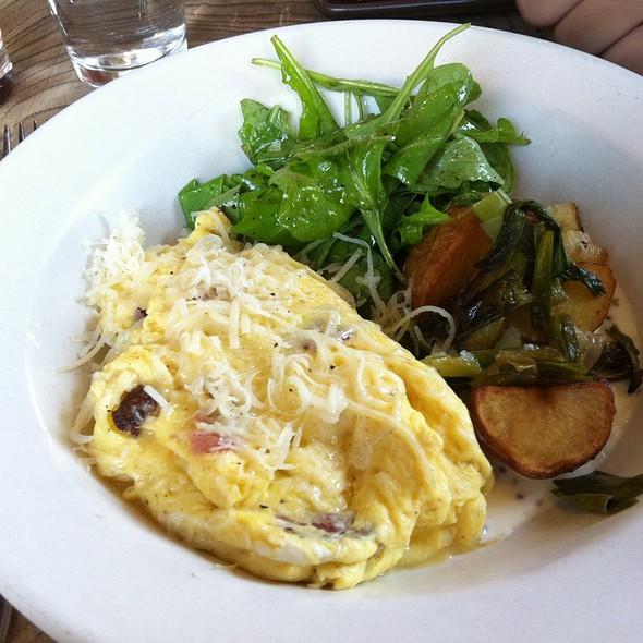 Soft Scrambled Eggs With Ham @ Nopa