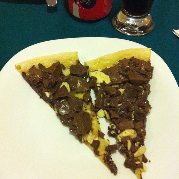 Pizza De Chocolate @ Pasto & Pizza