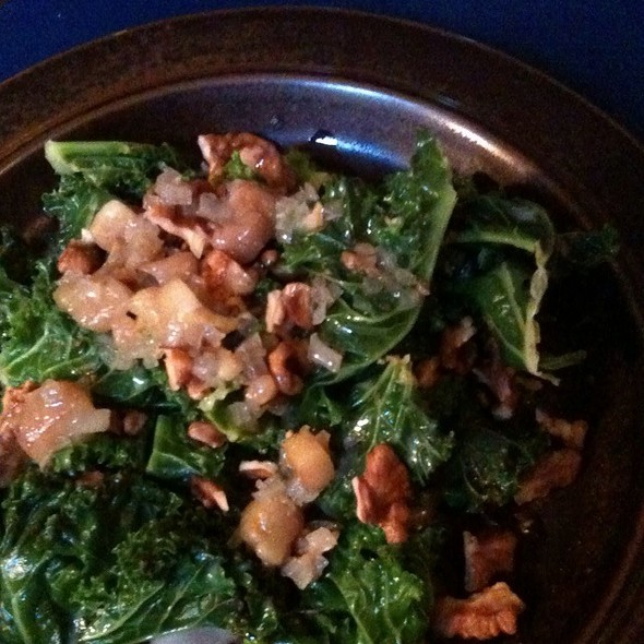 Kale, Walnuts And Smoked Marrow @ Manfred's