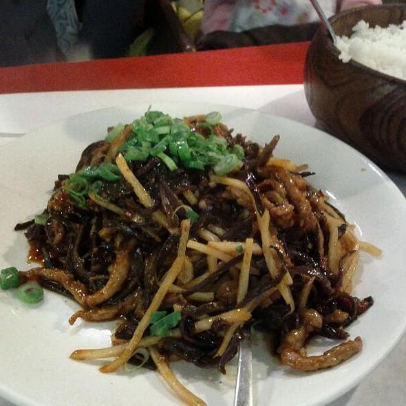 Szechwan Garlic Pork @ Lao Beijing Restaurant