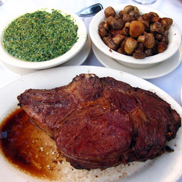 Prime Rib @ Gibson's Steakhouse