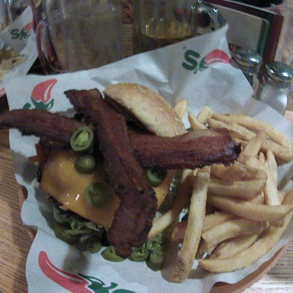 Jalapeno Smokehouse Bacon Big Mouth Burger  @ Chili's Grill & Bar