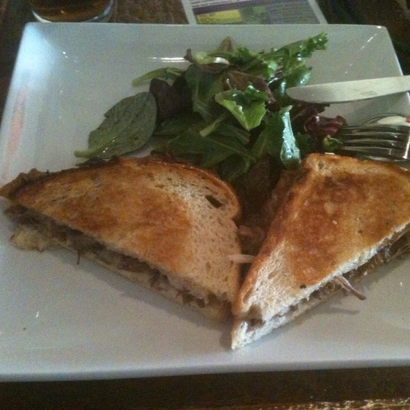 Short Rib Grilled Cheese Sandwich @ Four Cafe