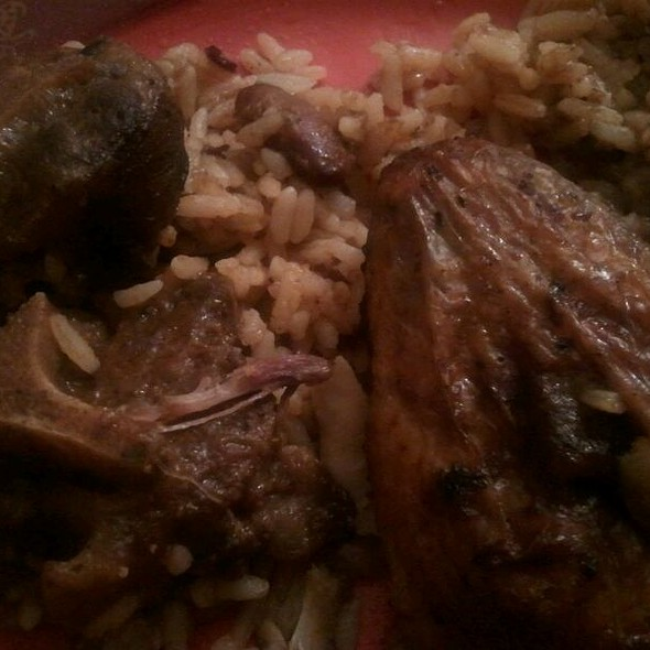 Jerk Chicken And Oxtail  @ The Real Jerk