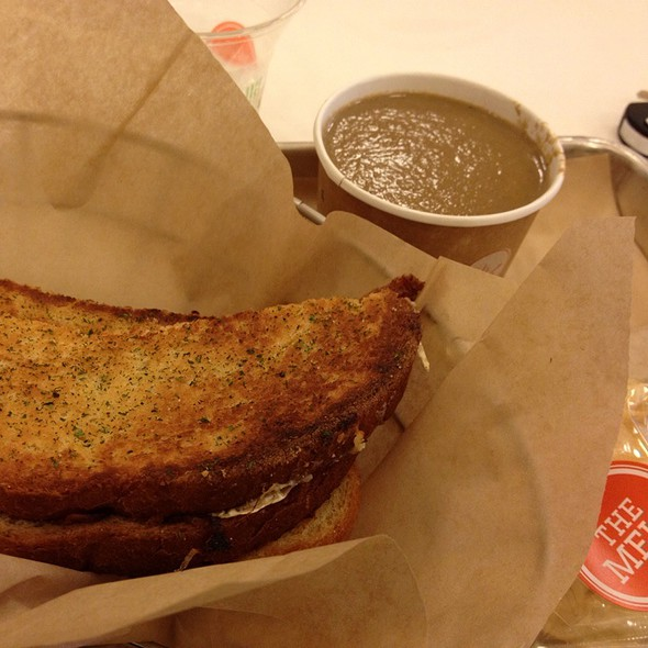 The Parisian With Creamy Wild Mushroom @ The Melt, Stanford Shopping Center