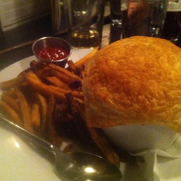 Cock-A-Leekie Pie @ The Scottish Arms