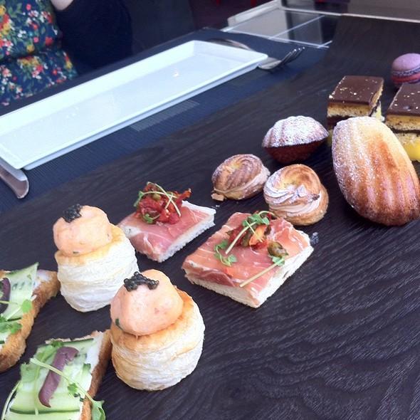 Afternoon Tea Snacks @ Cafe des Architectes