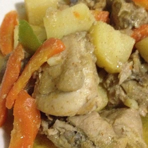 Chicken Curry @ Casa Elsa