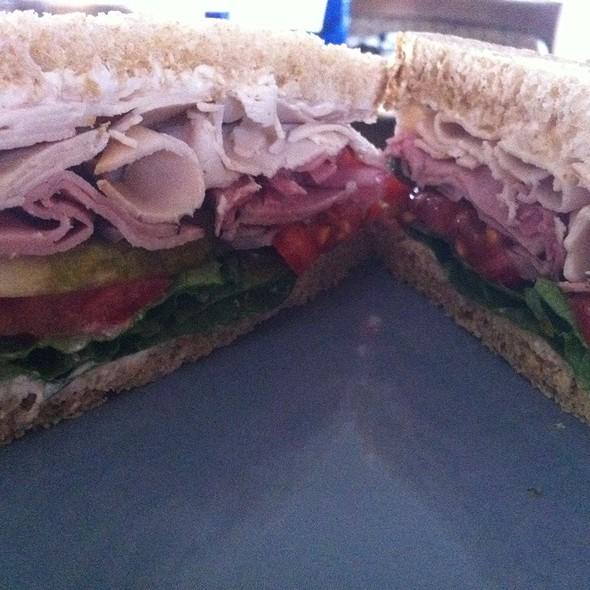 """Turkey And Ham Sandwich @ The Big Rig """"Maxine"""""""