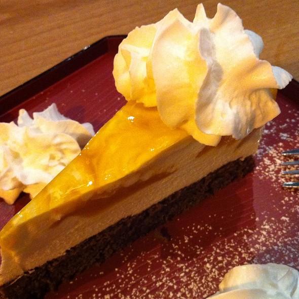 Honey Mango Cheesecake @ Miyabi Restaurant