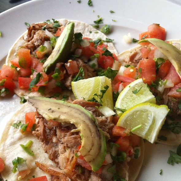 Pulled Pork Tacos @ Black Bottle Postern