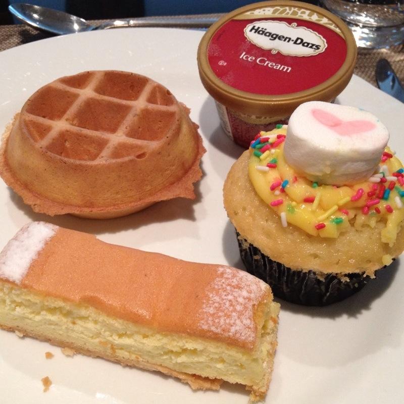Birthday Cakes Queensway