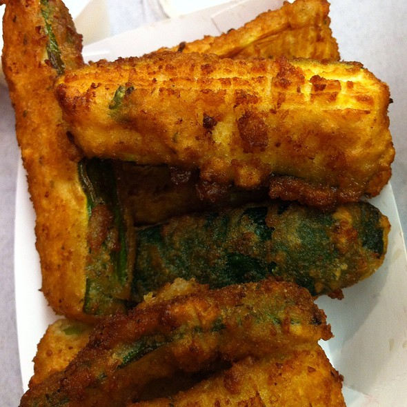 Deep Fried Zucchini @ Broiler Bay