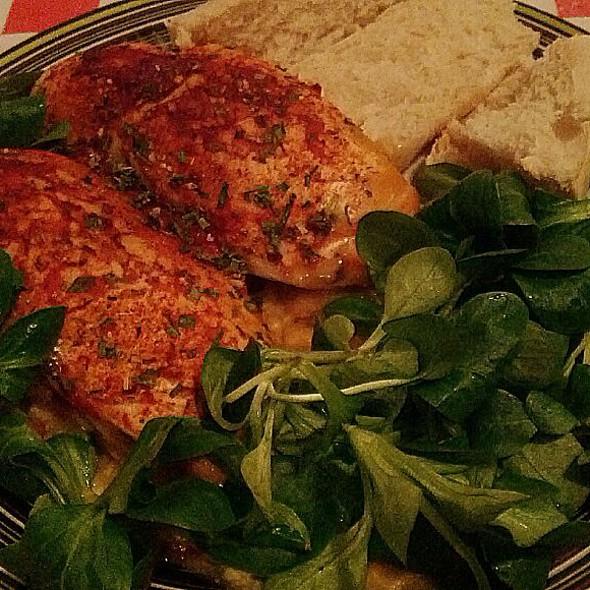Kipfilet uit de Oven met sla en Stokbrood @ Mark's Home
