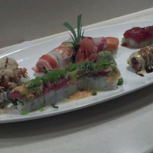 Sushi @ Kotobuki Japanese Restaurant