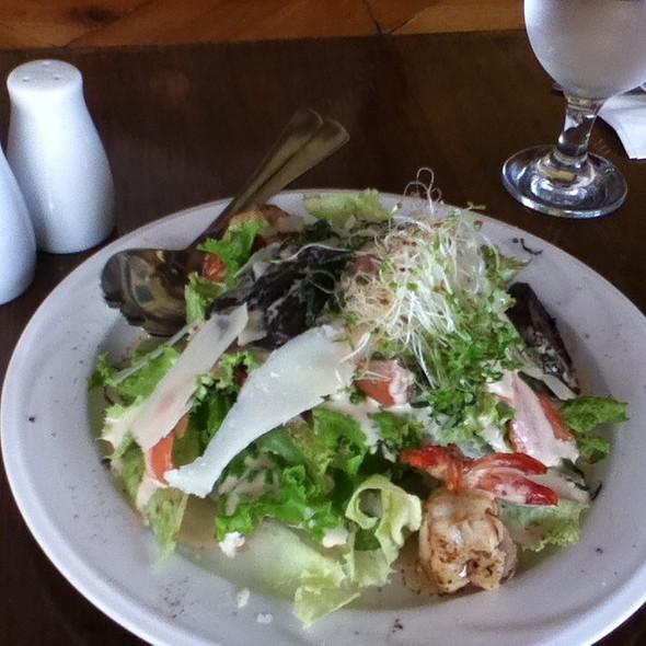 Tessie Tomas Salad @ Chefs' Quarter